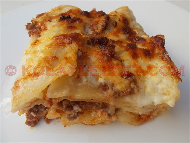 HOW TO MAKE LASANIA WITH Minced Meat (Bologna, Italy)